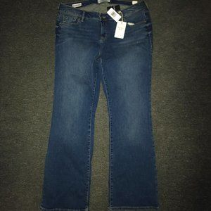 *TORRID*RELAXED BOOT BLUE JEANS--NEW W/ TAGS